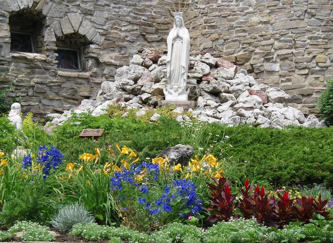 shrine flowers 002 (2).jpg