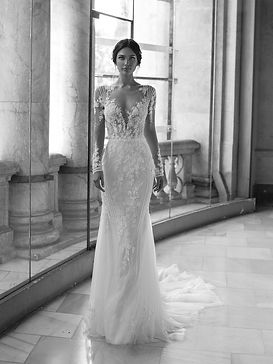 Pronovias%20Privee-Pickford_edited.jpg