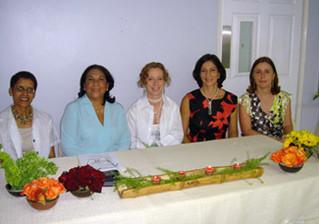 Inaguración 2004 del Instituto de Terapia Familiar y de Pareja. Socias fundadoras.