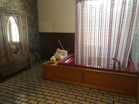 Palace Hotel -  Suite 2 bath