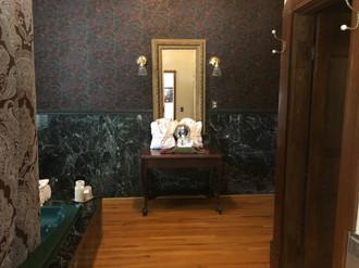 Palace Hotel - Suite 1 bath