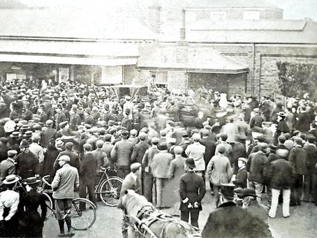 1900: Cuckfield War Hero welcomed home, describes frontline experiences