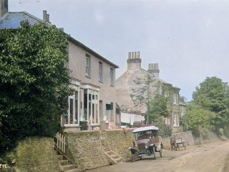 1923: Narrow escape for baby at Anstye Hill
