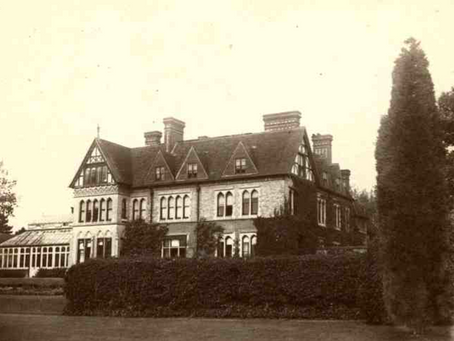 1866: Tour of newly built Horsgate House leads to dangerous fall