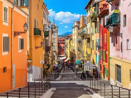 Marché immobilier : pessimistes, les Français pensent qu'un courtier les aidera à obtenir un crédit