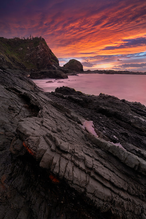 hallidays point, black head, black rock, black head beach, manning valley