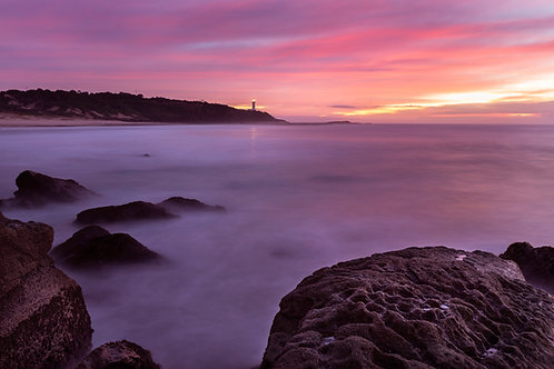 Norah Head, lighthouse, soldiers beach, gravelly, sunrise