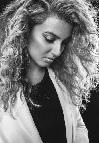 Tori Kelly for Buzzfeed by Andrea Macias