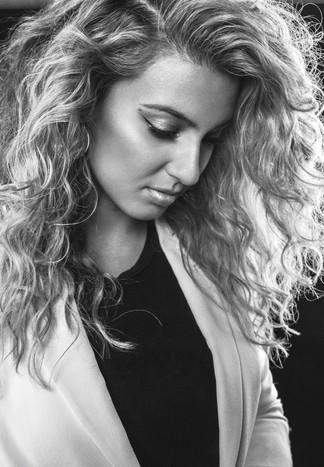 Singer Songwriter Tori Kelly photographed for Buzzfeed.