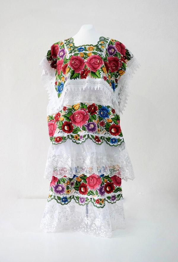 Conjunto de Terno de ¨Mestiza¨ de Yucatán
