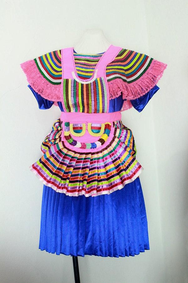 Traje de mujer San Juan Rómulo Calzada