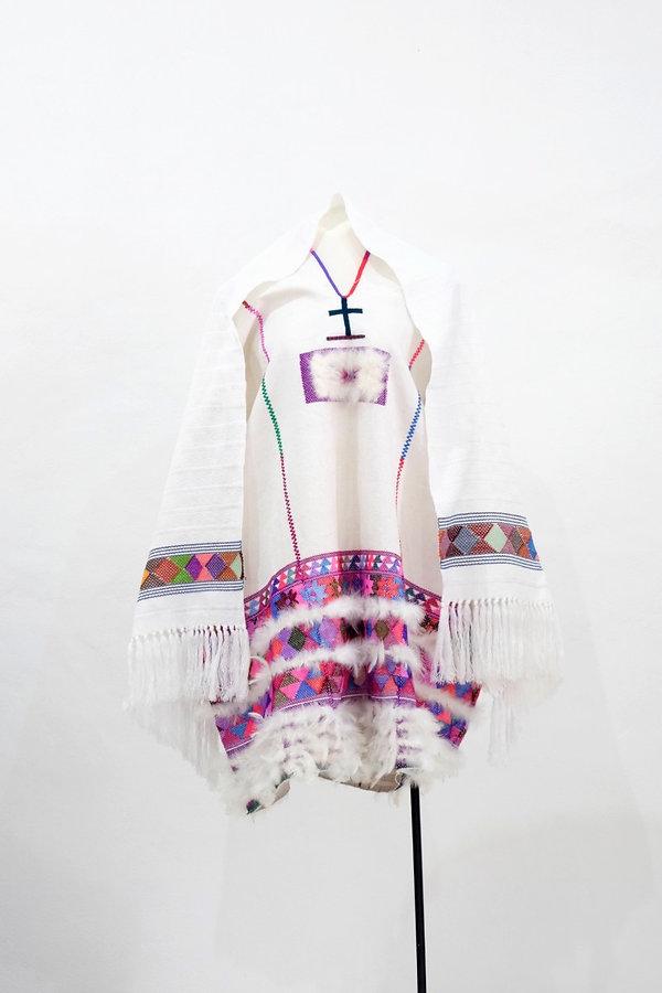Kukumalchili, Huipil y velo de novia de Zinacantán