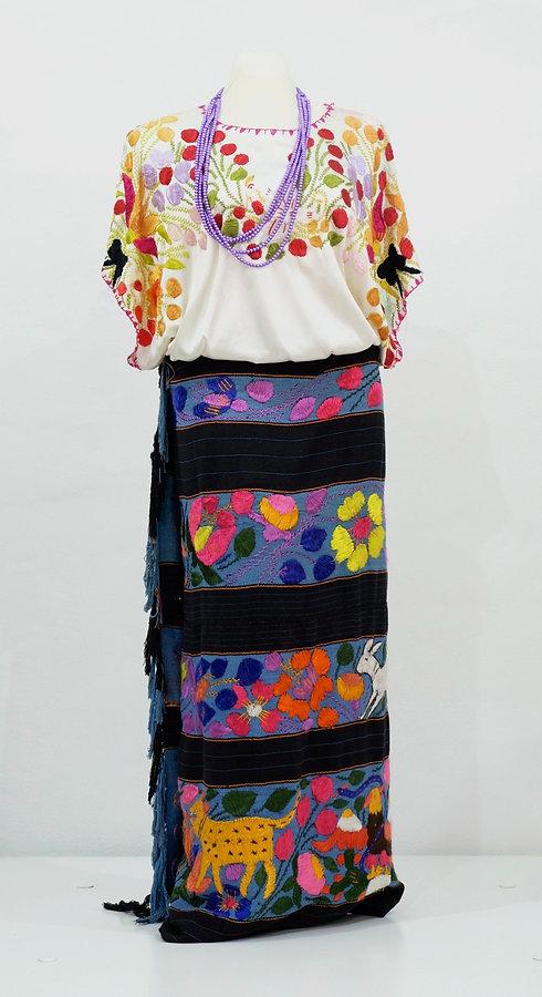 Conjunto de fiesta para mujer de Acatlán