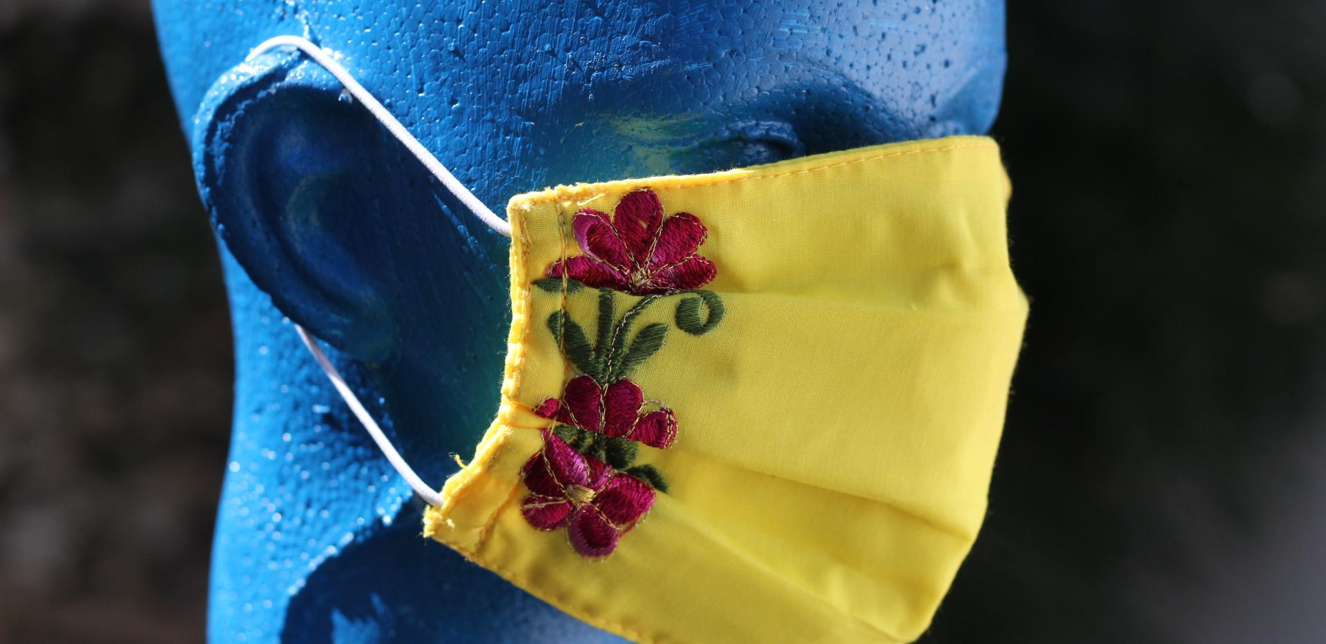 Cubrebocas Plisado diseño floral