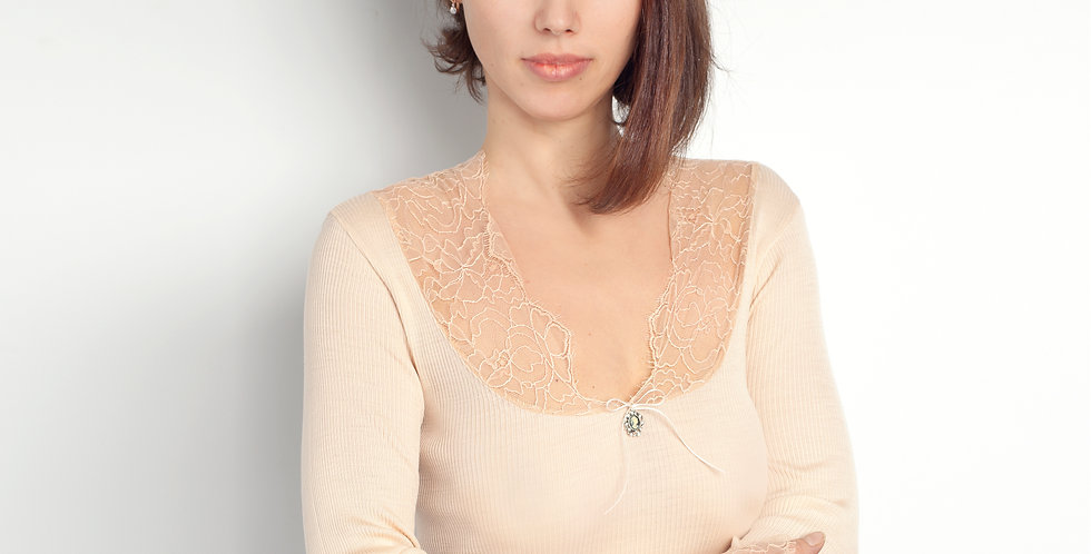 Блуза с кружевом 3605