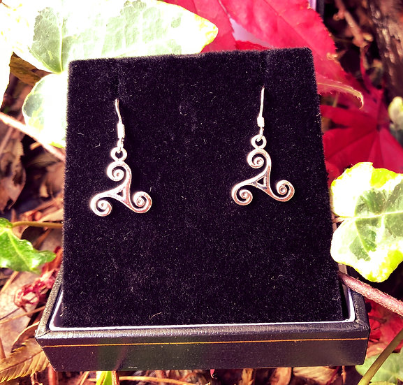"""Small Triskele Drop Earrings with 6""""x4"""" Signed Photo"""