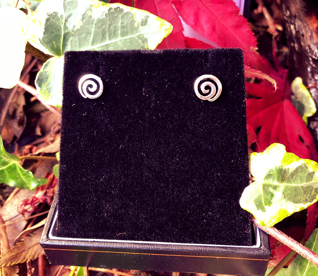 """Celtic Single Spiral Stud Earrings with 6""""x4"""" Signed Photo"""