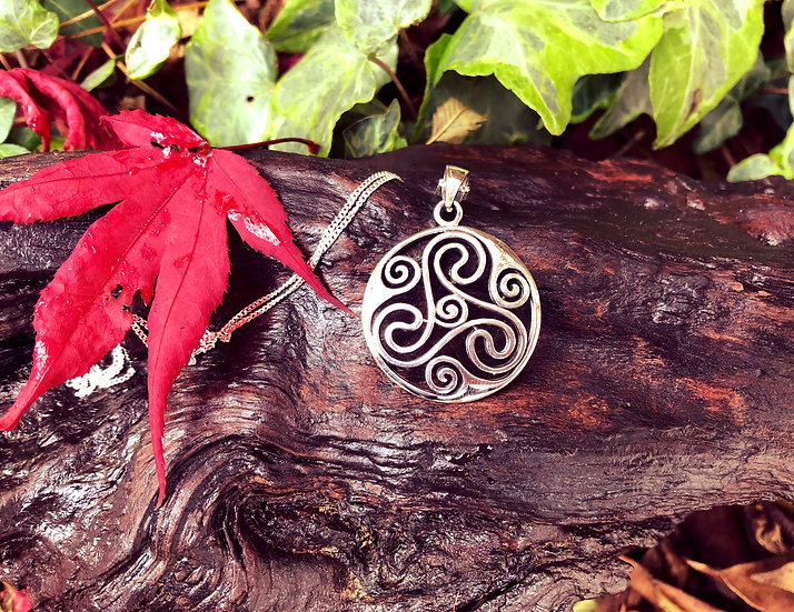 "Large Celtic Triple Spiral Pendant with 6""x4"" Signed Photo"