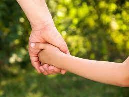 Parents en situation de handicap et enfant adopté, le duo compatible
