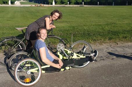 Handbike trip : 2 sœurs à roulettes démystifient le handicap