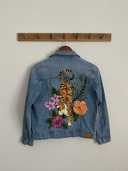 Flower tiger denim jacket