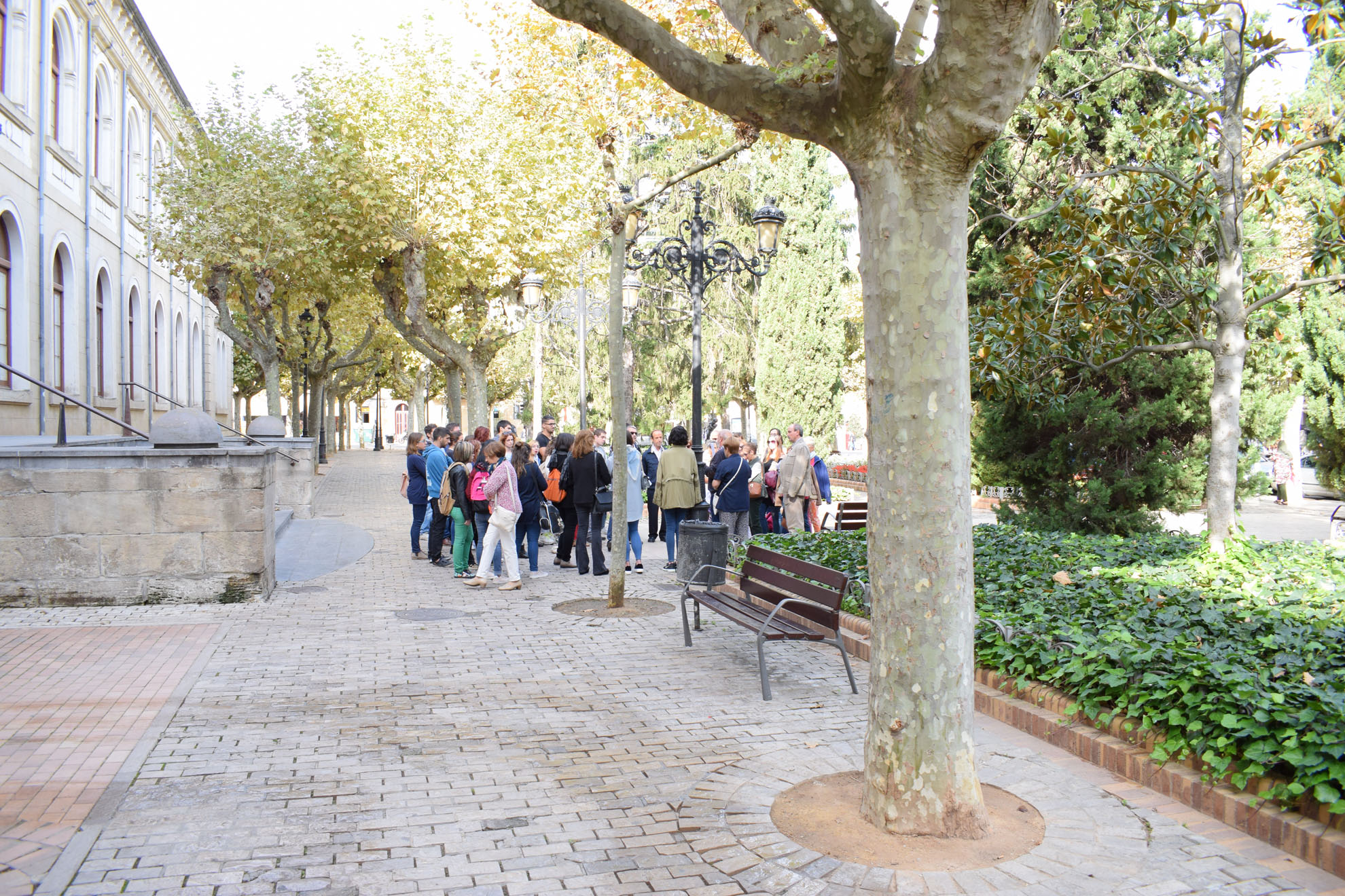 SEMANA-ARQUITECTURA-COAR-FCAR-paseo-espolon-glorieta-plaza-ayuntamiento-jose-miguel-leon (19)