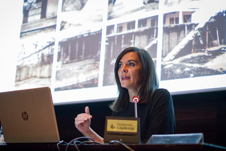 Carmen Moreno, arquitecta. CARMEN MORENO