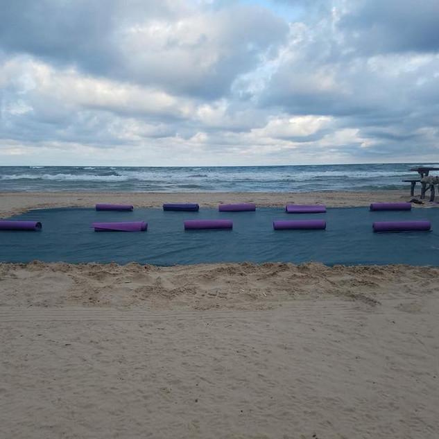 beach yoga setup south beach.jpg