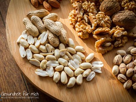 Sind Erdnüsse gesund oder nur eine Kalorienbombe?