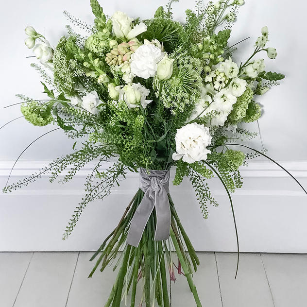 The Luxury White Bouquet
