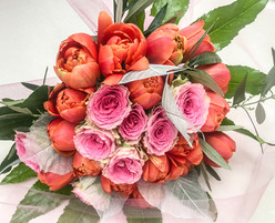 Speciality Tulip and Rose