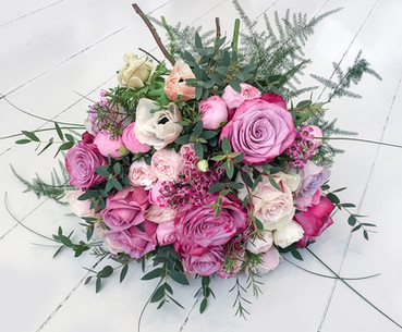 Garden and Spray Roses with Anemone