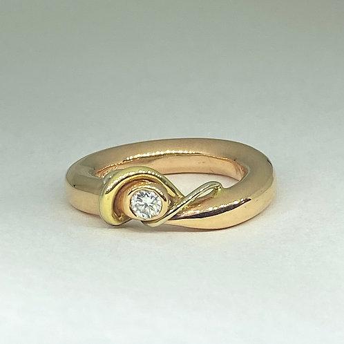 Tritone Free Form Diamond Ring