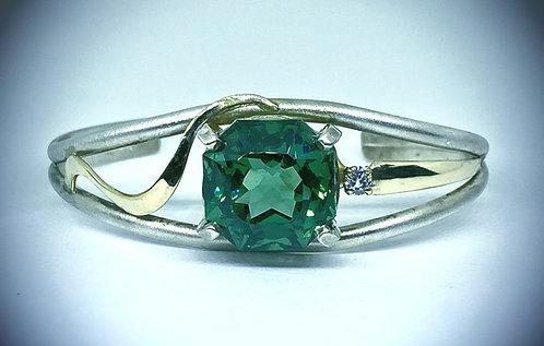 Green Quartz & Diamond