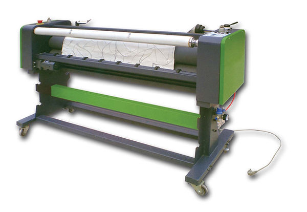 hot laminator, heatable laminator,hot rolling lamination, hot roll laminating machine