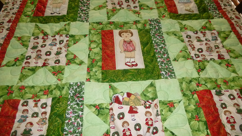 Christmas Paper Doll Quilt 2