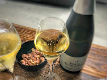 Le Crémant n'a rien à envier au Champagne, il se marie idéalement à ma recette de tartare de saumon!