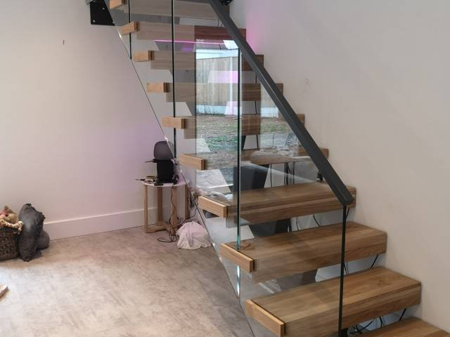 Staircase and handrail systems