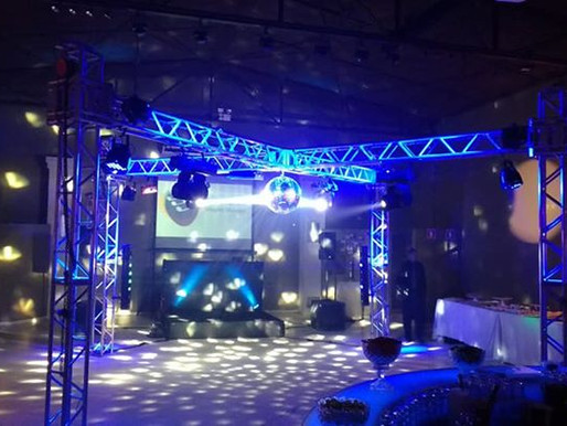 Empresa de aluguel de Caixas e mesas de som para festas em SP.