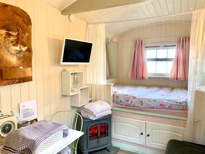 Double snug bed
