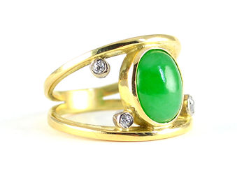 Remodelling an inherited sentimental ring by HR Jewellery Designs Chichester, West Sussex/ Hampshire border