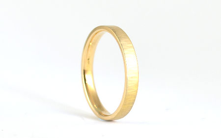 Ladies Linear Hammered unique finish 3mm 18ct Yellow Gold handmade wedding band by HR Jewellery Designs West Sussex/ Hampshire