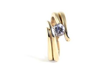 hire a freelance jewellery designer west sussex / hampshire