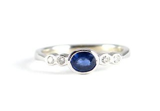 Handmade white gold Sapphire and diamond 5 stone Ring Jewellery Commission by HR Jewellery Designs Petersfield, Hampshire