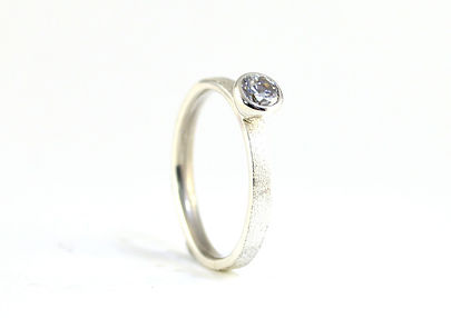 HR Jewellery Designs diamond engagement rings west sussex, handmade engagment rings in hampshire