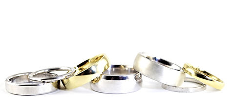 Elegant Handmade Wedding Rings by HR Jewellery Designs throughout West Sussex and Hampshire