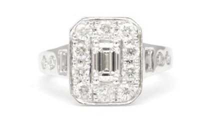 HR Jewellery Designs West Sussex Remodelled diamond cluster engagement ring