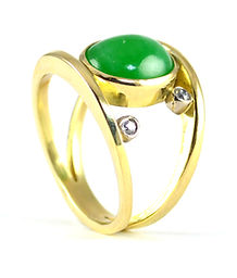 HR Jewellery Designs West Sussex/ Hampshire Inherited ring remodlled and redesigned in Chichester