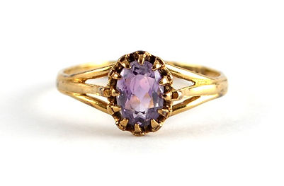 handed down amythest ring to be redesigned and remodelled by HR Jewellery Designs, Hampshire jeweller