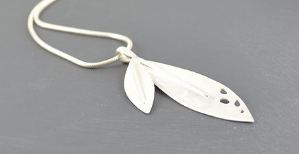 Olea leaf Passion silver pendant | Handmade by HR Jewellery Desgns, West Sussex